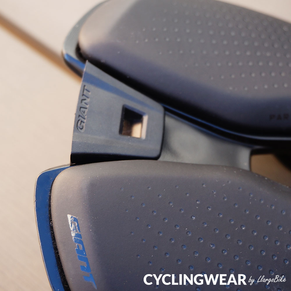 giant-uniclip-system-v05-cyclingwear-by-llargobike